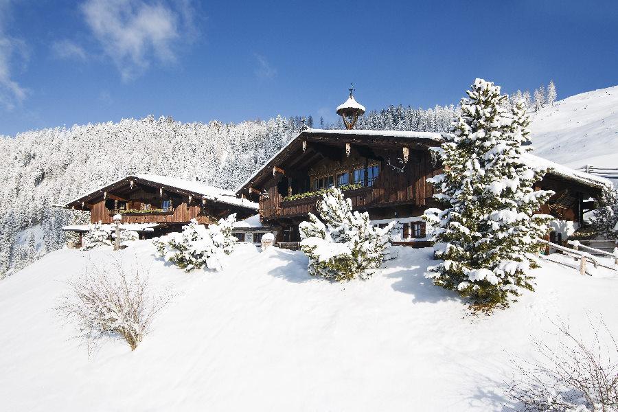 Luxus Chalet im Schnee für deinen exklusiven Winterurlaub