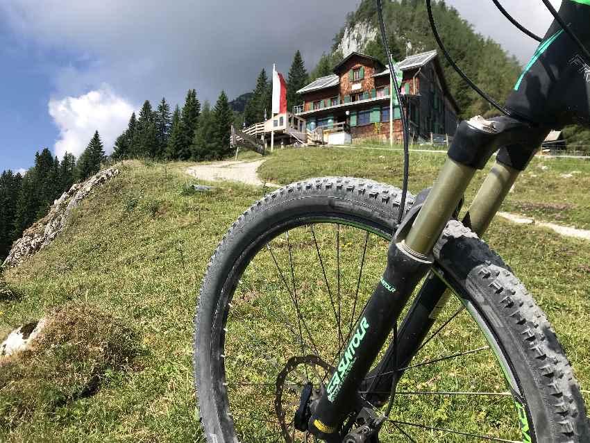 MTB Karwendel - im und rund um das Karwendelgebirge findest du traumhafte MTB Touren. Ich stelle sie hier vor!