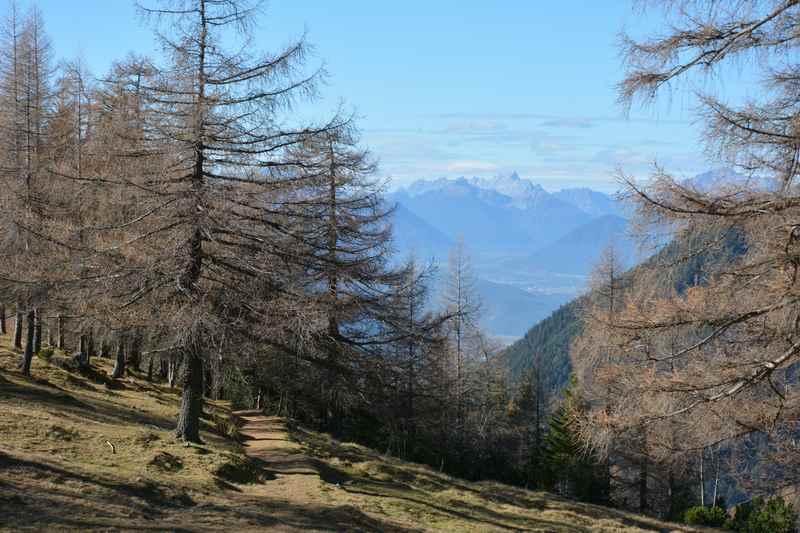 Die Aussicht von der Magdeburger Hütte über das Tiroler Inntal
