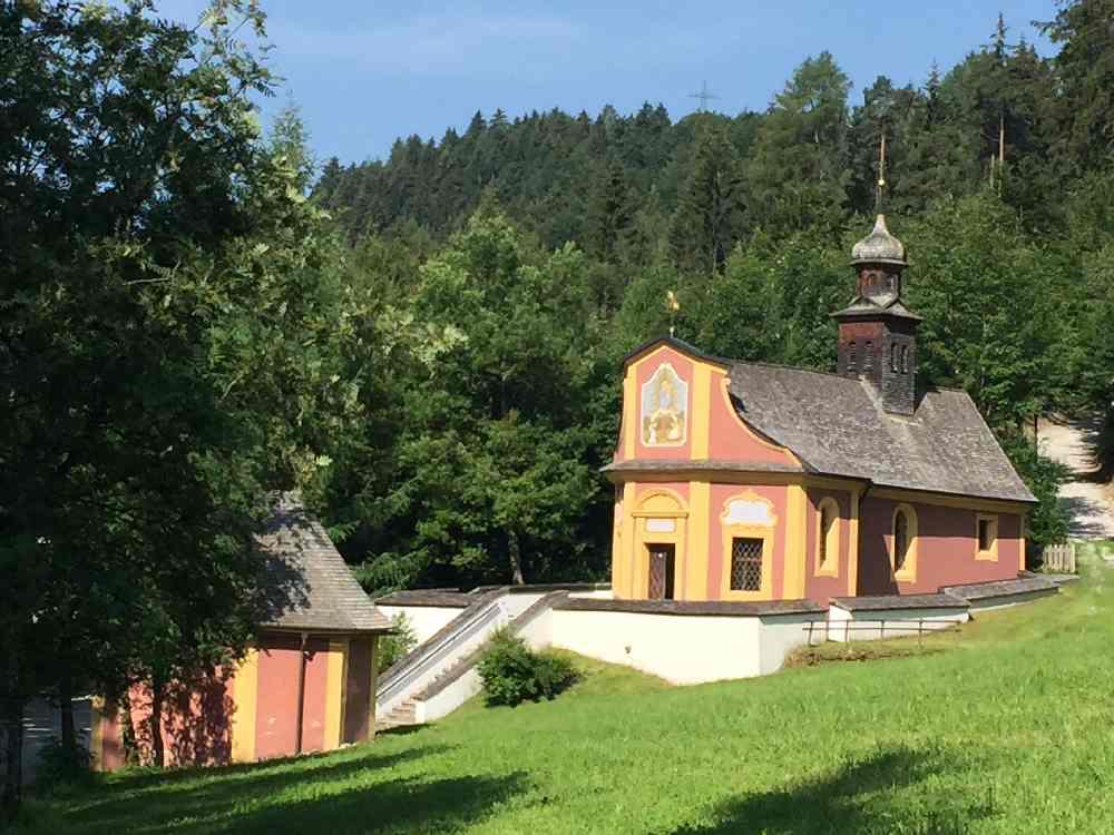 Maria Larch Terfens - bekannter Wallfahrtsort und Heilwasser