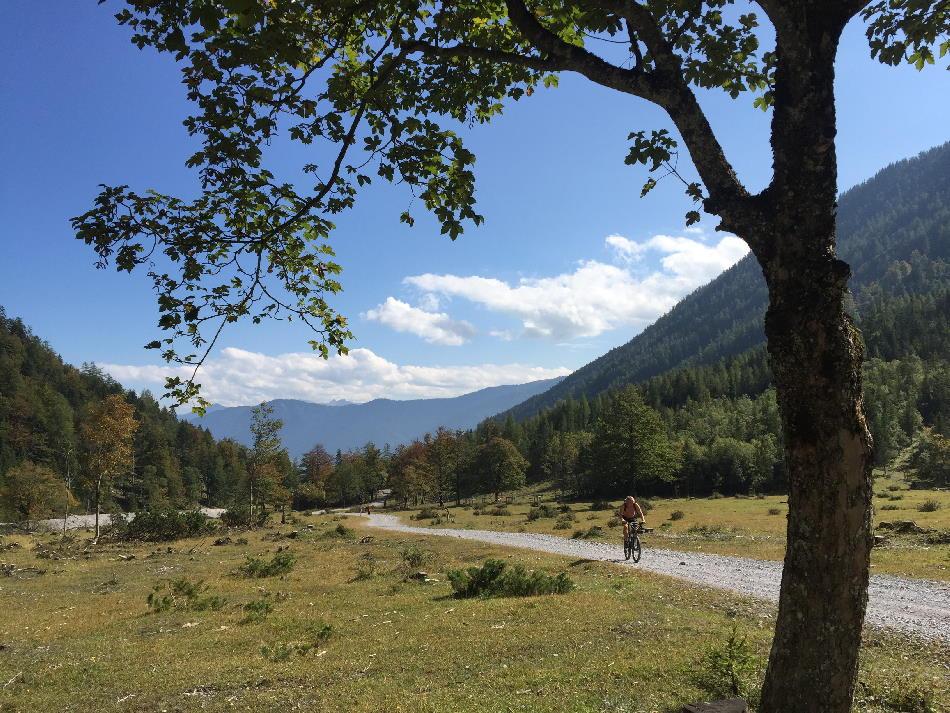Mountainbike Karwendel in der schönen Natur