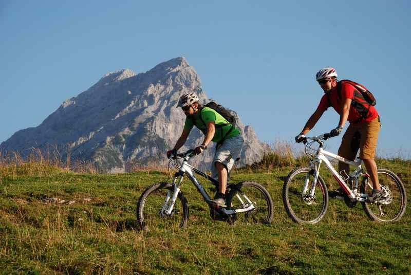 Mountainbiken und hiken im Karwendel