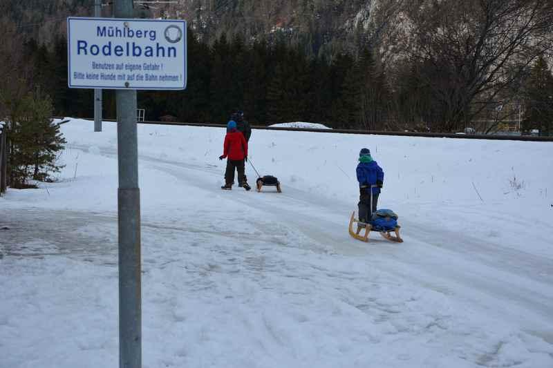 Auf dem Weg zur Mühlberg Rodelbahn in Scharnitz am Karwendel