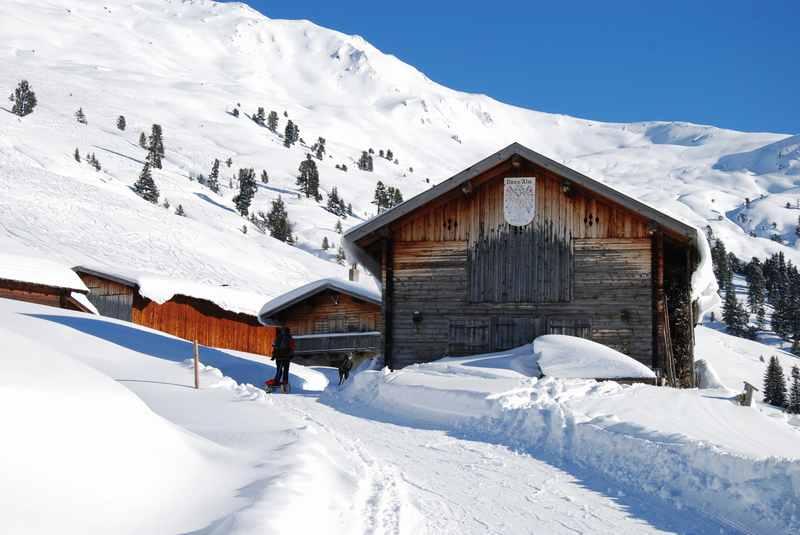 Die wunderschöne Nonsalm ist das Ziel der Rodelbahn, landschaftlich einmalig in den Tuxer Alpen