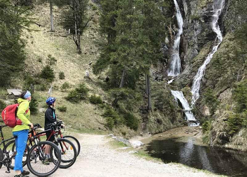 Der Oberautal Wasserfall am Achensee