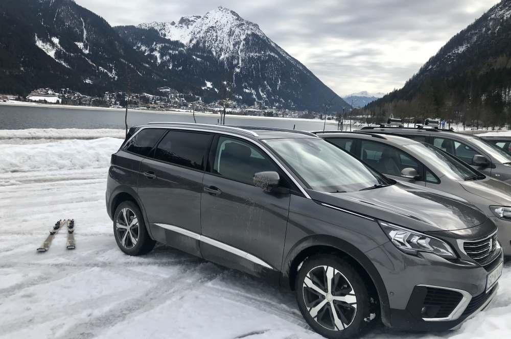 Am Ufer des Achensee parke ich und los geht die Bärenkopf Skitour