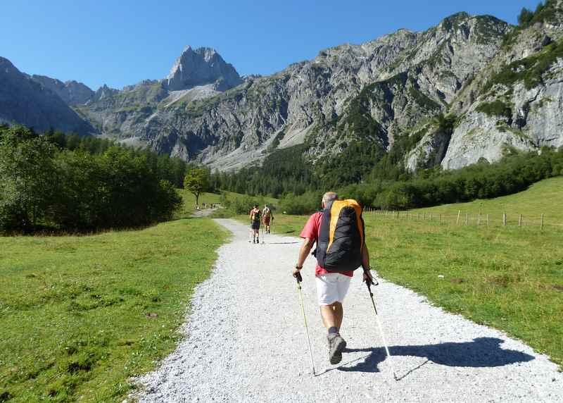 In Pertisau von der Gramaialm wandern im Karwendel: Hier in Richtung Lamsenjoch und Lamsenspitze