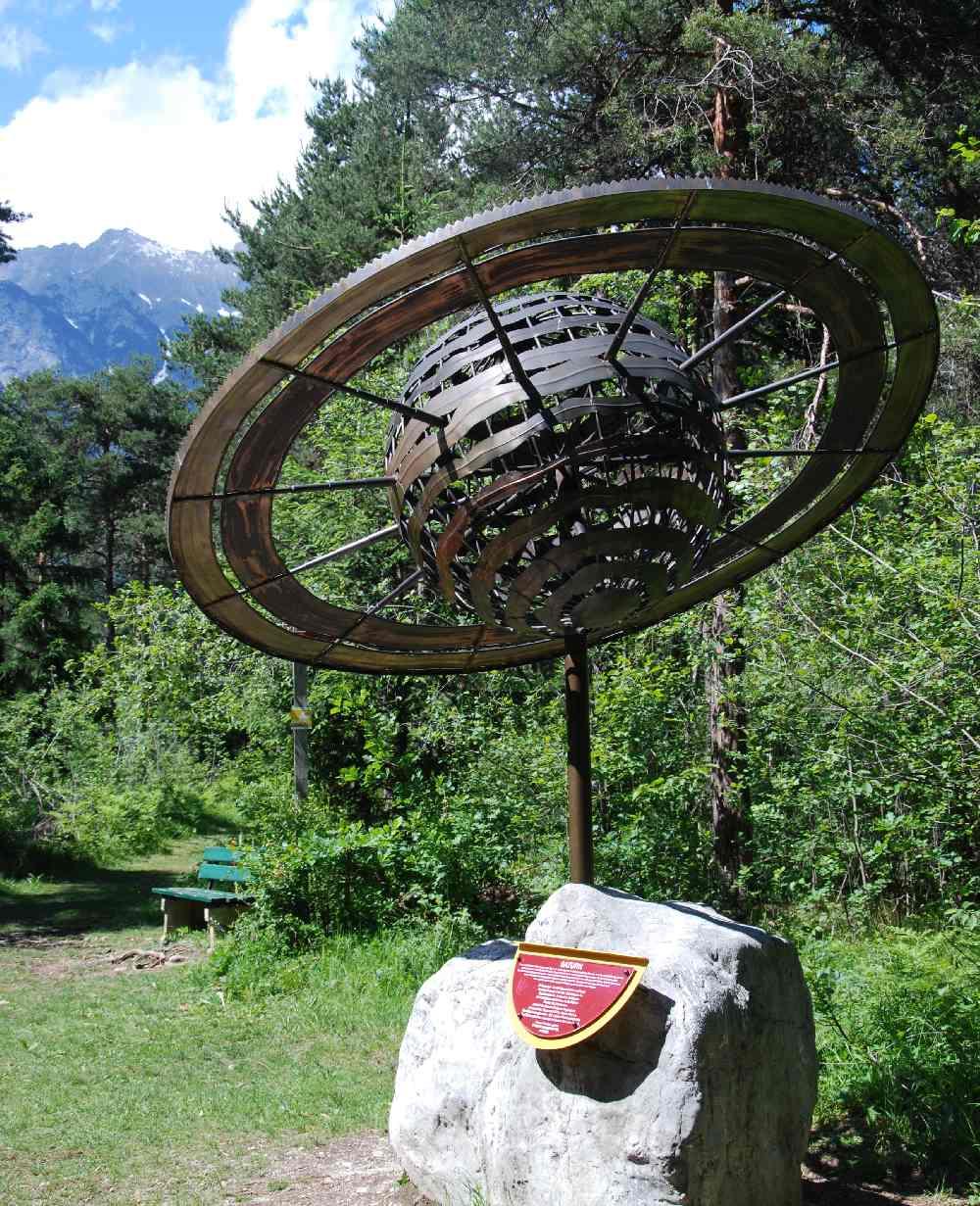 Der Planetenlehrpfad in Tirol - ab Vomperbach durch den Forchat Wald