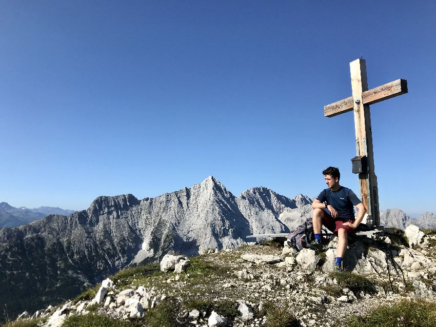 Am Predigtstuhl in der Leutasch hast du einen weiten Blick auf die Bergspitzen