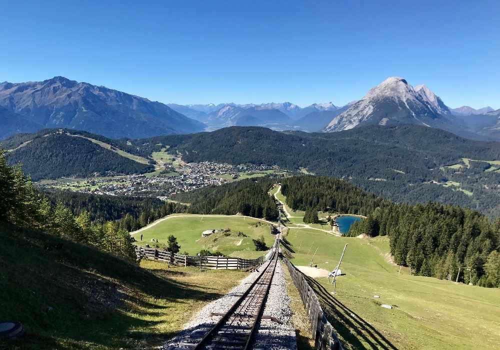 Sommerurlaub in den Bergen auf der Rosshütte Seefeld