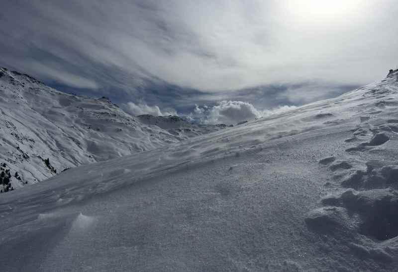 Rosslaufspitze Skitour - Beim Aufstieg zum Kamm ist links hinten der kleine Gilfert zu sehen