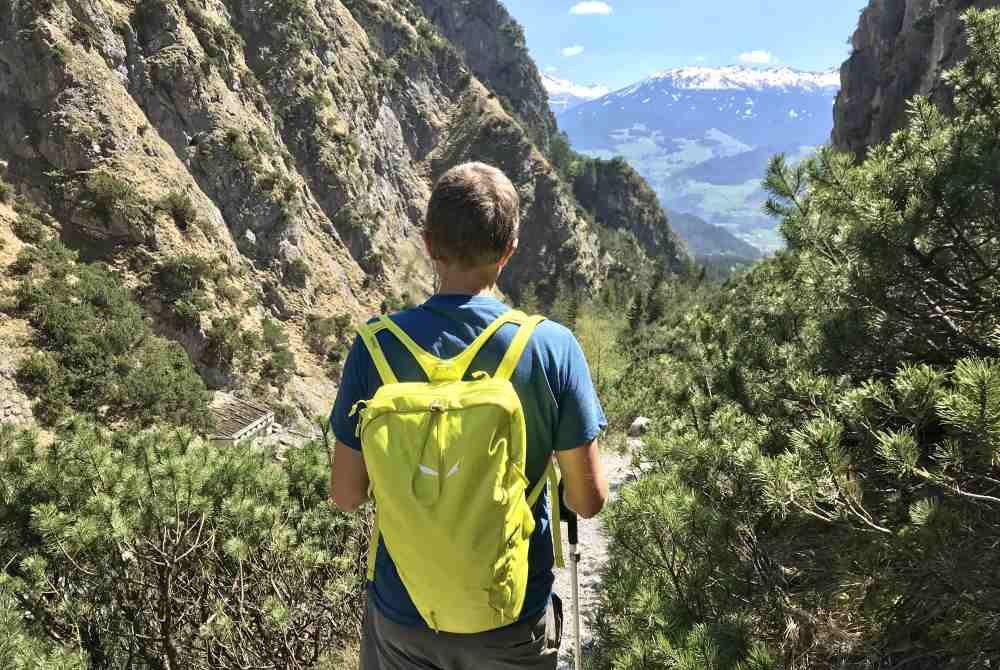 Gehört zu jeder guten Wanderausrüstung: Der Wanderrucksack