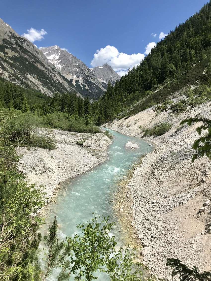 Das Karwendeltal - auf dem Weg von Scharnitz zum Karwendelhaus