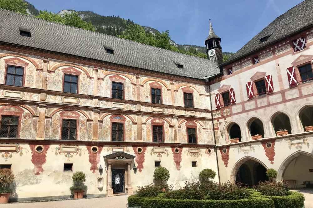 Wunderbares Ausflugsziel mit dem E-Bike: Vom Achensee zum Schloss Tratzberg im Inntal, ca. 15 Kilometer