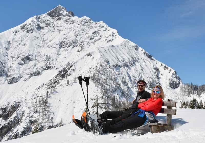 So lässt sich die Sonne am Berg geniessen - zwei Passauer waren vor mir am Gipfel