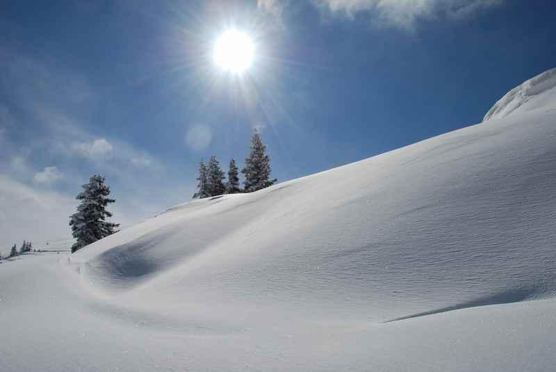 Dieses Hochgefühl von Winter gibt es beim Schneeschuhwandern im Karwendel