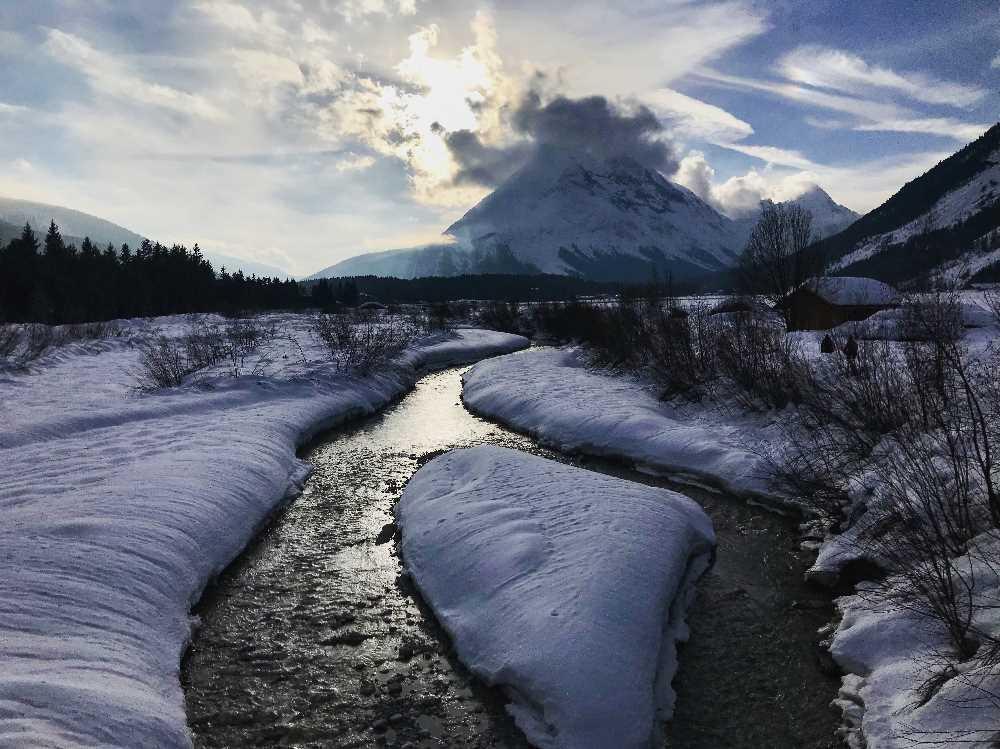Traumhafte Erlebnisse auf der Schneewanderung im Januar durch die Leutasch