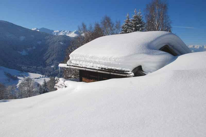 In Seefeld schneeschuhwandern oder Schneeschuhwanderungen in Scharnitz? - beides ist schön mit dem Karwendel