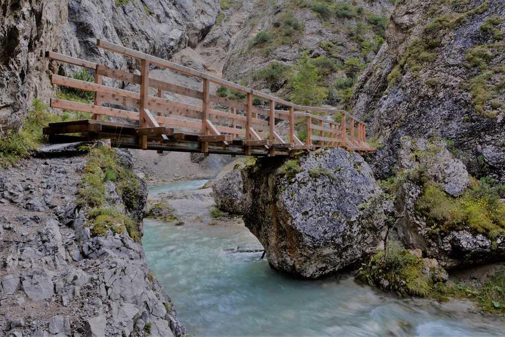 Durch die Gleirschklamm in Scharnitz wandern - ursprüngliche Klammwanderung im Karwendel