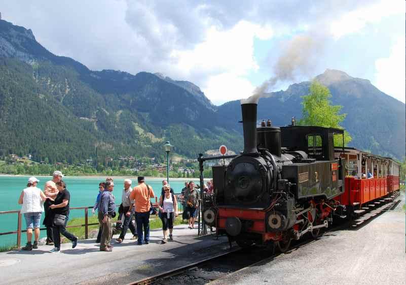 Achensee Sehenswürdigkeiten - das ist historische Achenseebahn
