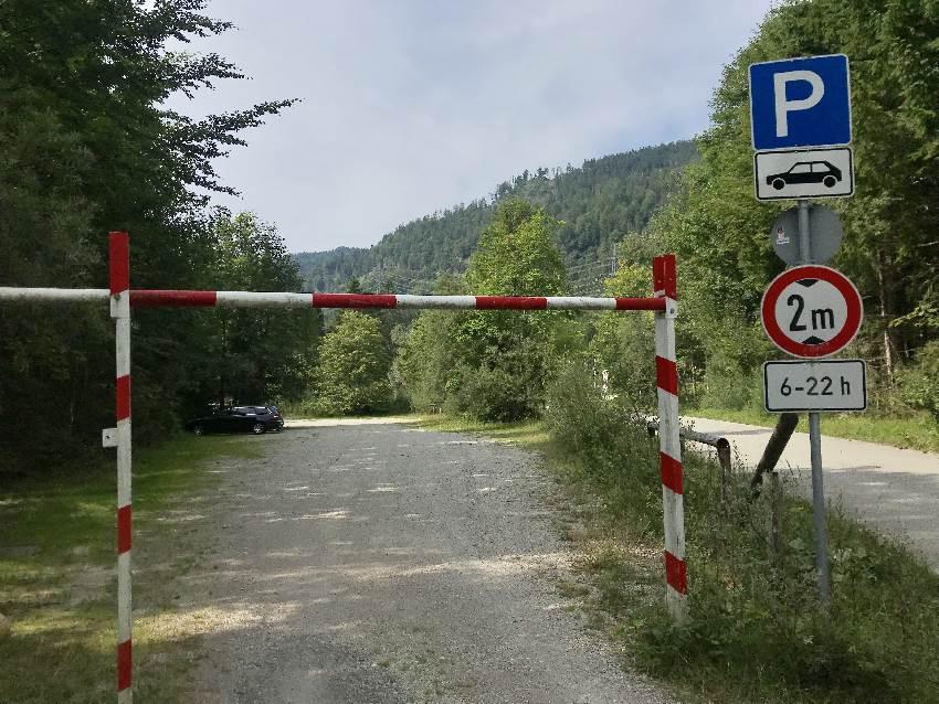 Das ist der Parkplatz für deine Simetsberg Wanderung am Walchensee