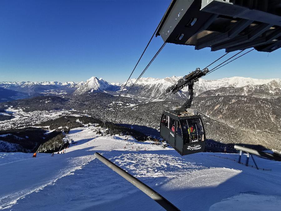 Das Skigebiet Seefeld im Karwendel - mit der neuen Gondel