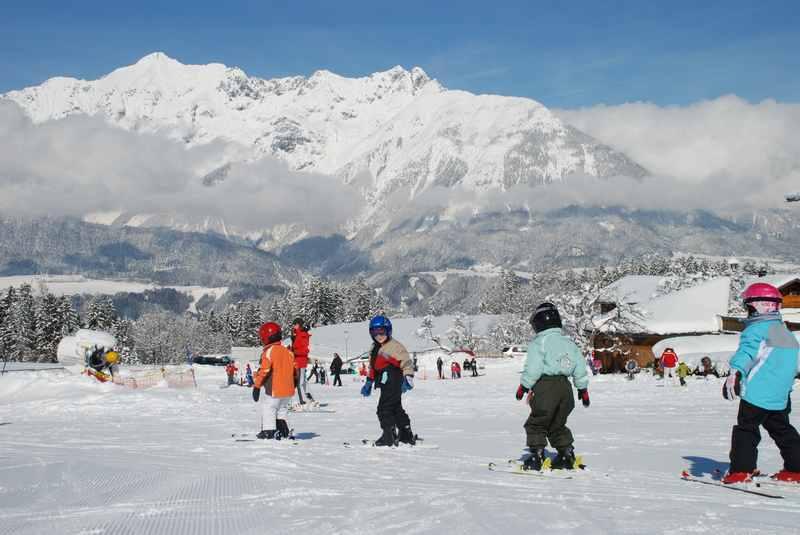 Das ist die Aussicht von der Schwannerlift Skipiste auf das Karwendel - traumhaft oder?