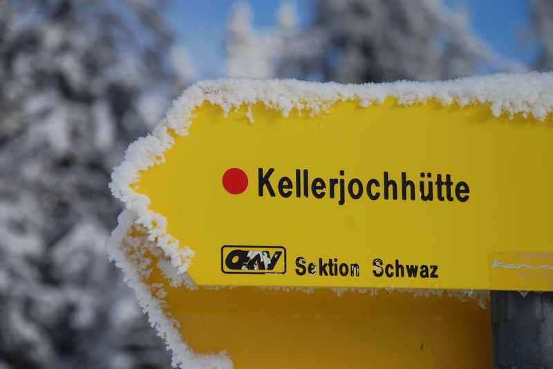 Stimmungsvoll - mit dem frischen Schnee bei der Skitour am Kellerjoch in Tirol