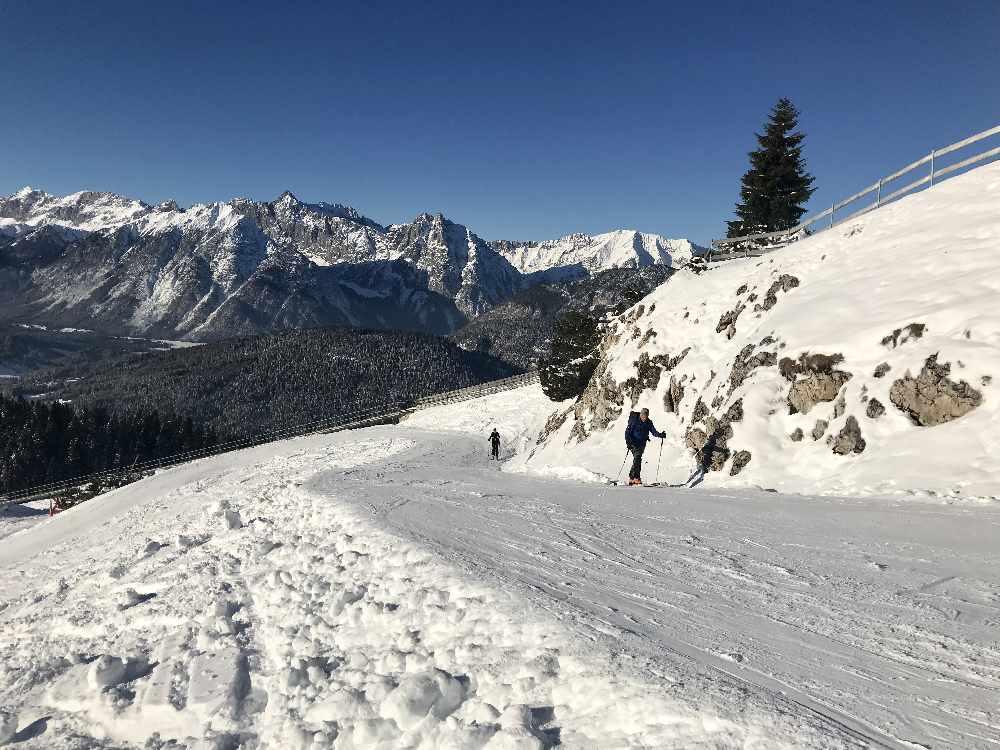 Das ist der Skitouren - Aufstieg kurz unterhalb der Rosshütte