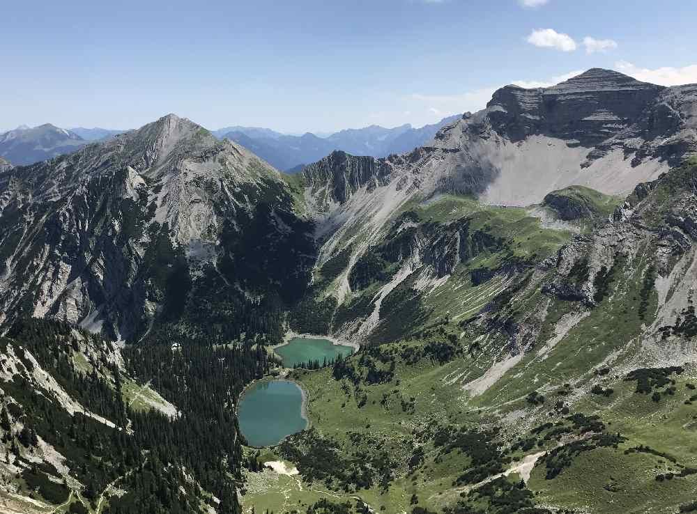 Die Soiernseen von der Schöttlkarspitze gesehen, Bergseen im Karwendel