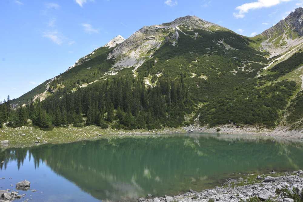 Soiernsee: Direkt am Ufer des glasklaren Bergsees auf rund 1600 Metern im Karwendel