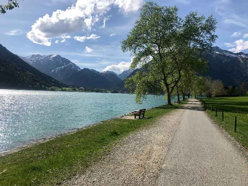 Spaziergang am See - am Ostufer des Achensee