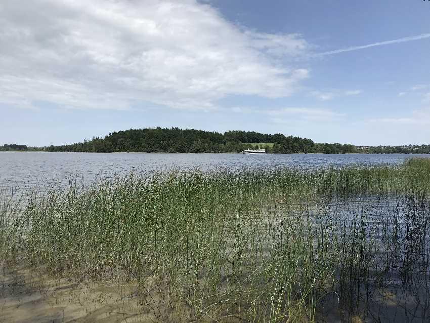 Ein riesiger Toteissee - der Staffelsee in Oberbayern
