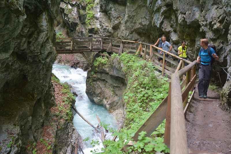 Auch das ist Stans Tirol:  Durch die Wolfsklamm wandern im Karwendel