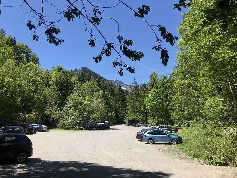 Das ist der große Tatzlwurm Wasserfälle Parkplatz, auch als Wanderparkplatz Brünnsteinhaus bekannt