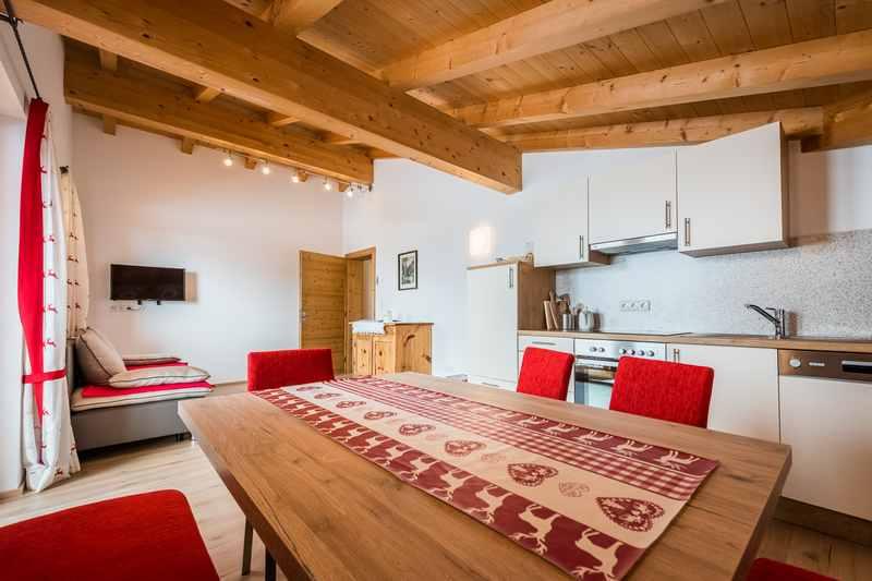 In Terfens Urlaub auf dem Bauernhof im Nockhof - moderne Ferienwohnung in Tirol für Paare und Familien im Karwendelgebirge