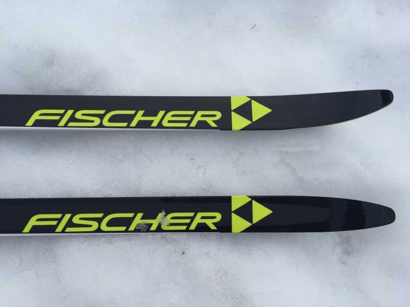 Skilanglauf Ausrüstung - ohne Ski geht natürlich gar nichts!