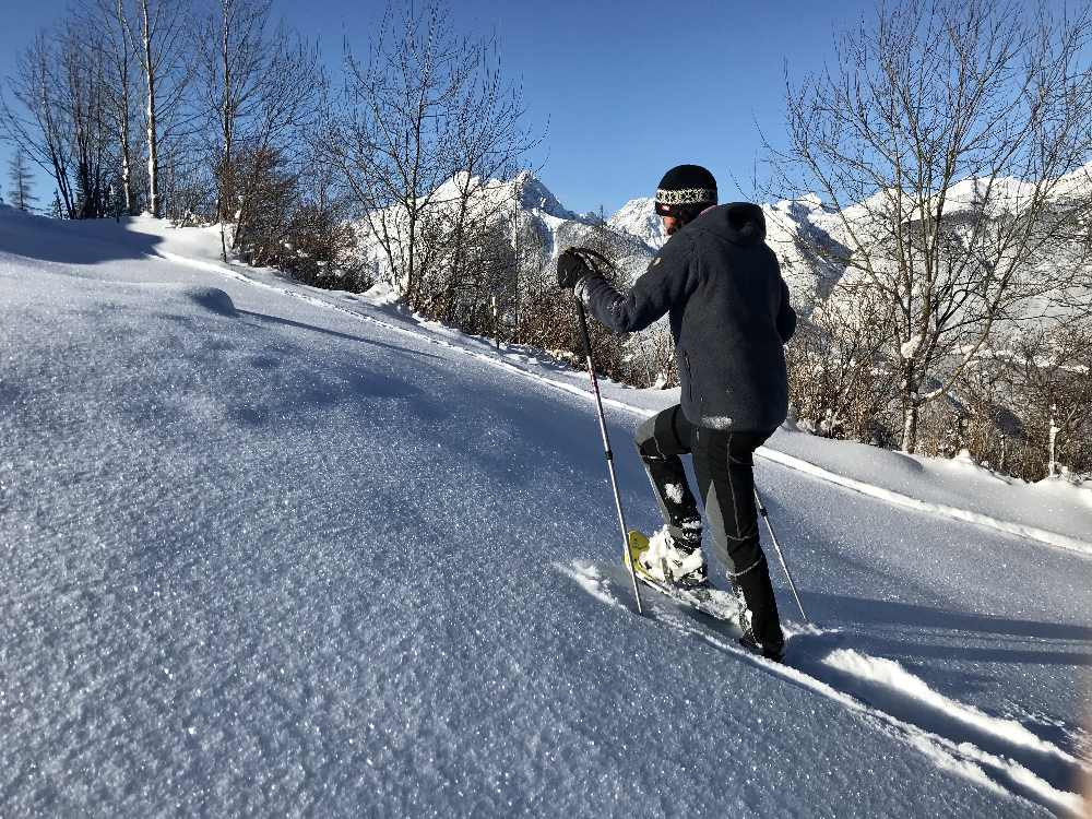 Schneeschuhe Test:  Beim Schneeschuhwandern testen wir die Tubbs Schneeschuhe im Karwendel