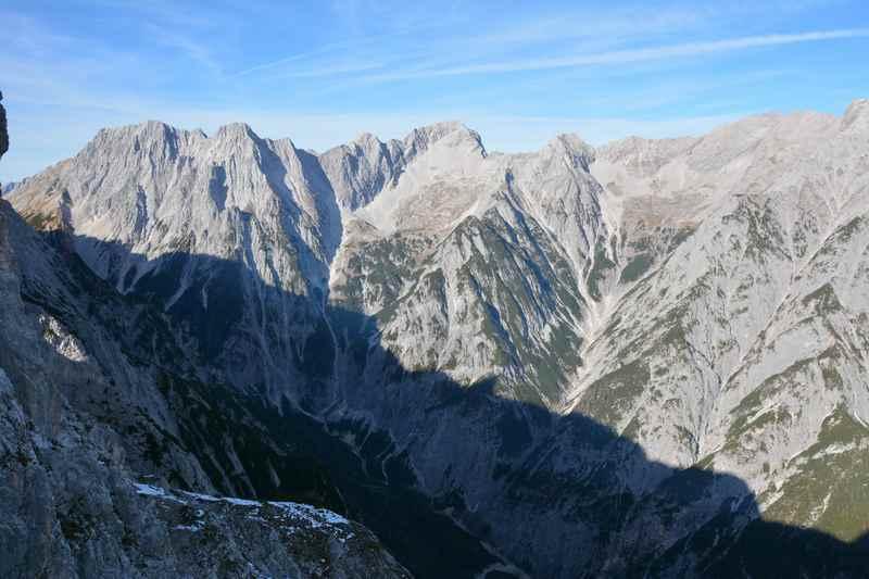 Das Vomperloch im Karwendel von oben gesehen