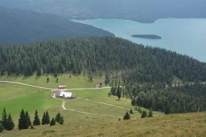 Die Jochberg Wanderung mit der Jocheralm und dem Walchensee