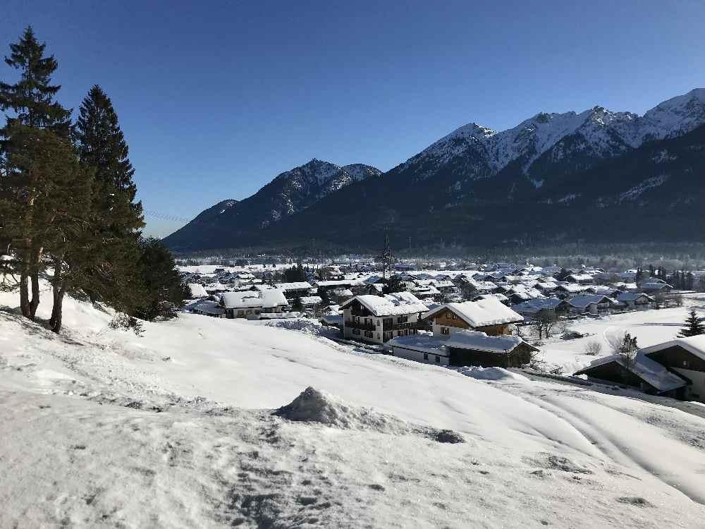 Wallgau winterwandern - über den Magdalena Neuner Panoramaweg auf den Krepelschrofen