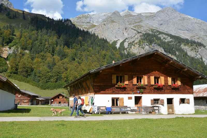 Welche tollen Wanderziele gibt es zum Wandern in der Engalm in Tirol?