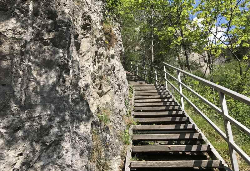 Auf dem Wandersteig zur Ehnbachklamm im Karwendel