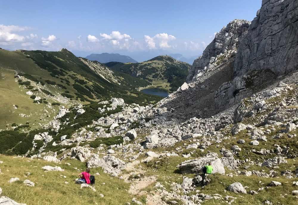 Das ist die faszinierende Berglandschaft auf dem Weg zum Zireiner See