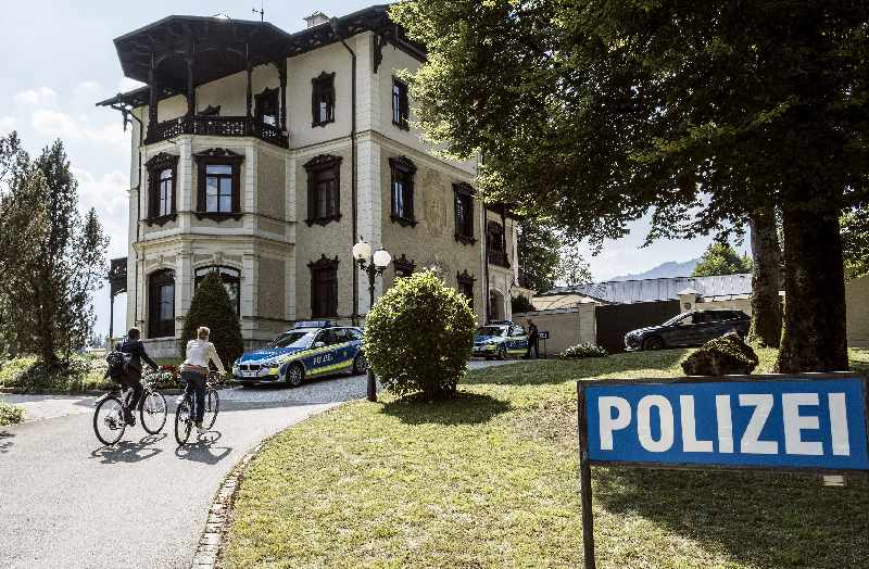 Zentraler Watzmann ermittelt Drehort - die Polizeistation in der Villa Bayer, Bild: ARD/Susanne Bernhard (S2)