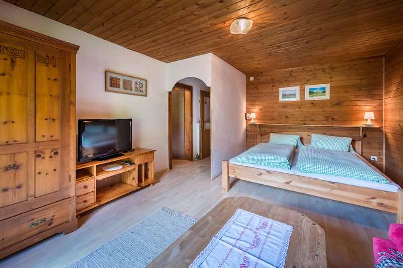 Gemütliche Bauernhöfe für den Urlaub in den Bergen des Karwendel - hier in Weerberg in Tirol