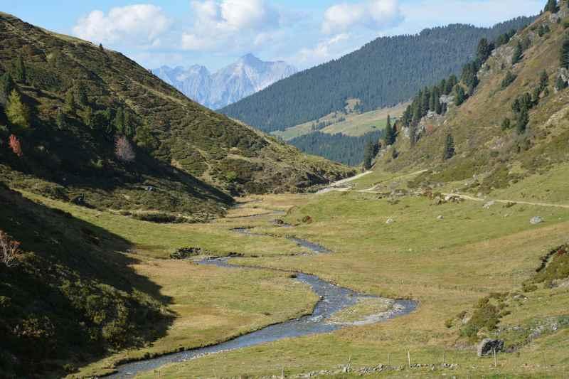 In Weerberg wandern in den Tuxer Alpen - der Gegensatz zum Karwendel