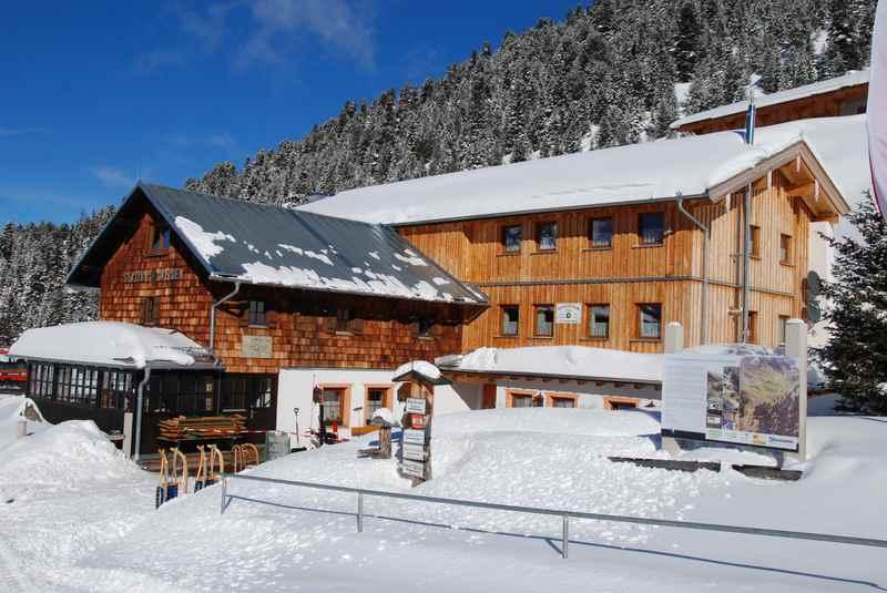 Von Innerst zur Weidener Hütte winterwandern, wunderschön in den Bergen
