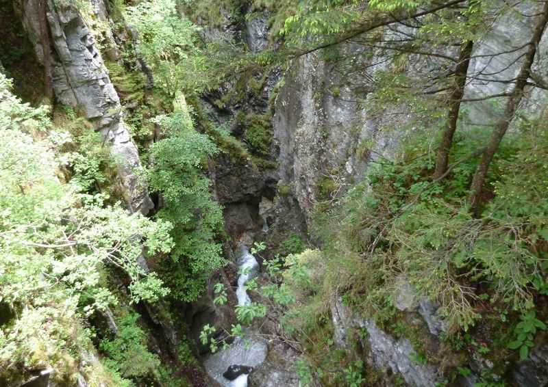 Die Weissenbachklamm oberhalb der Jenbacher Hütte in Tirol