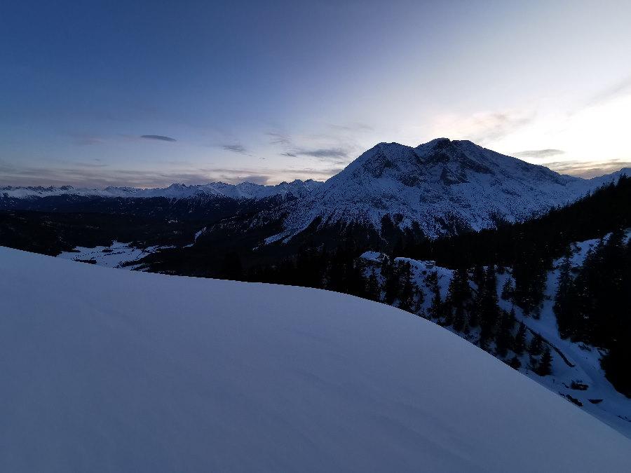 Wettersteinhütte winterwandern - auf der Schneewanderung durch die Leutasch